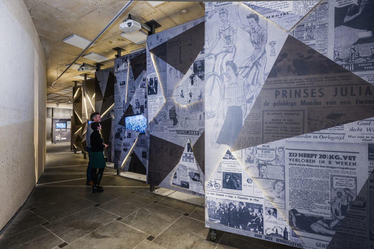 Print tegen muur van de tentoonstelling over WOII en het Albertkanaal.
