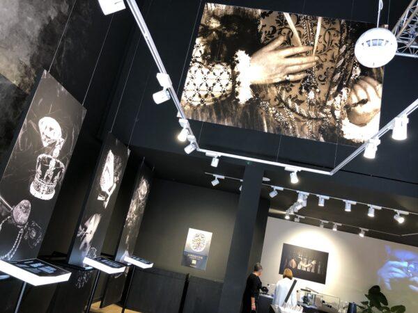 Canvas printen groot formaat van expositie van het Diamanthuis.