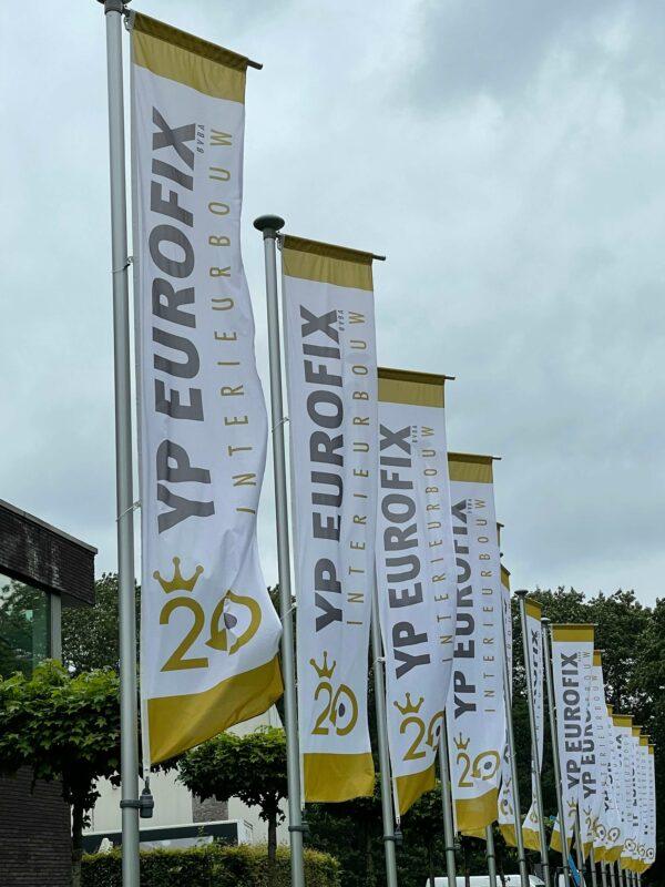 Vlaggen bedrukt en geplaatst voor YP Eurofix